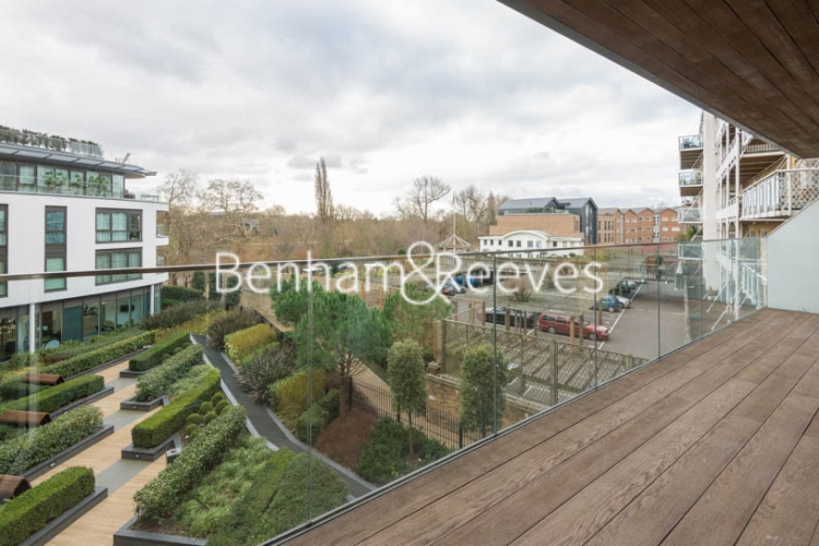 2 bedroom(s) flat to rent in Kew Bridge Road, Brentford, TW8-image 11