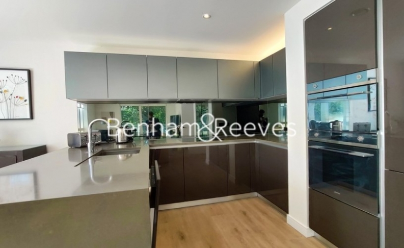 2 bedroom(s) flat to rent in Heritage Place, Brentford, TW8-image 17