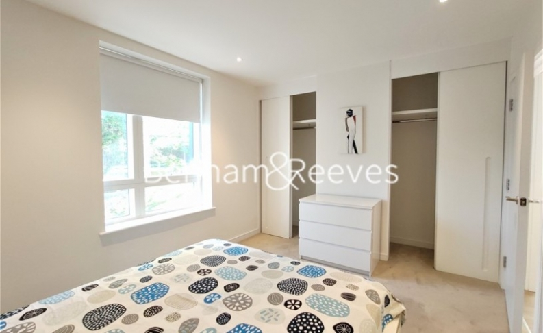 2 bedroom(s) flat to rent in Heritage Place, Brentford, TW8-image 18