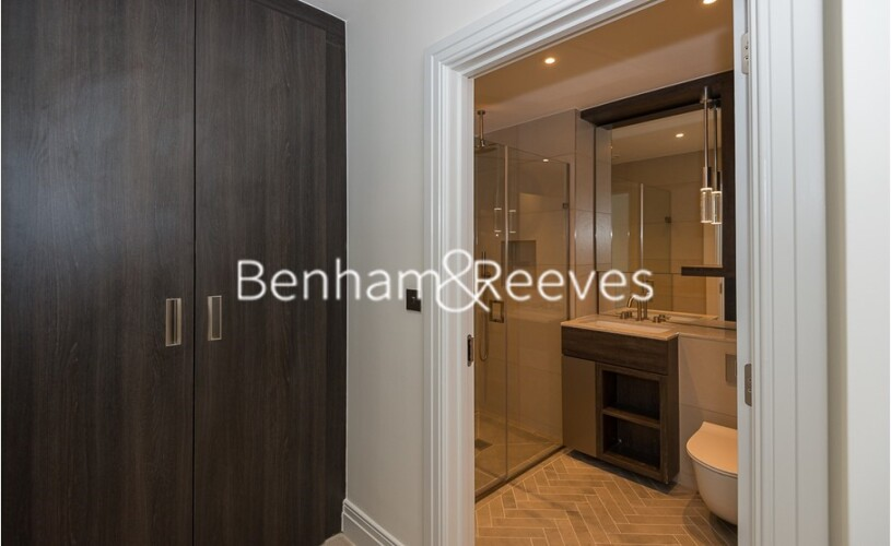 2 bedroom(s) flat to rent in Queenshurst Square, Kingston Upon Thames, KT2-image 3