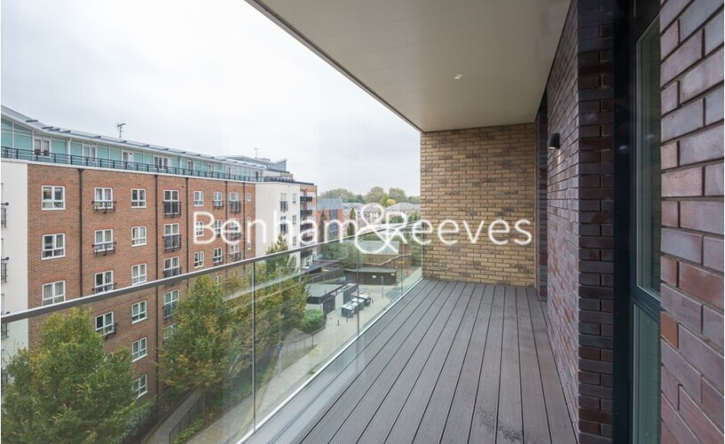 2 bedroom(s) flat to rent in Queenshurst Square, Kingston Upon Thames, KT2-image 9