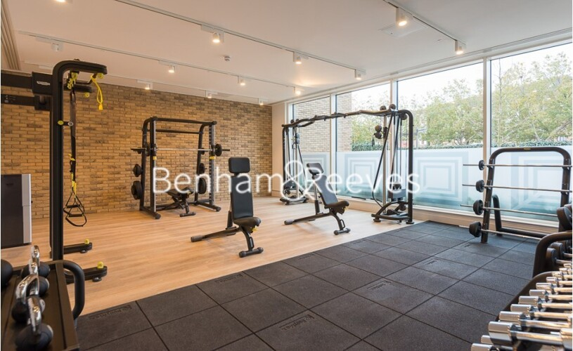 2 bedroom(s) flat to rent in Queenshurst Square, Kingston Upon Thames, KT2-image 12
