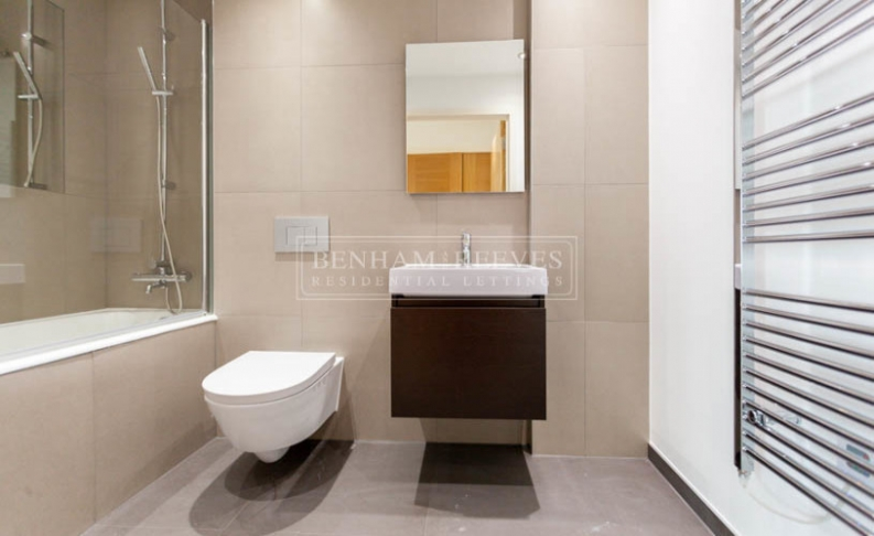 1 bedroom(s) flat to rent in Dolphin House, Sunbury-on-Thames, TW16-image 4