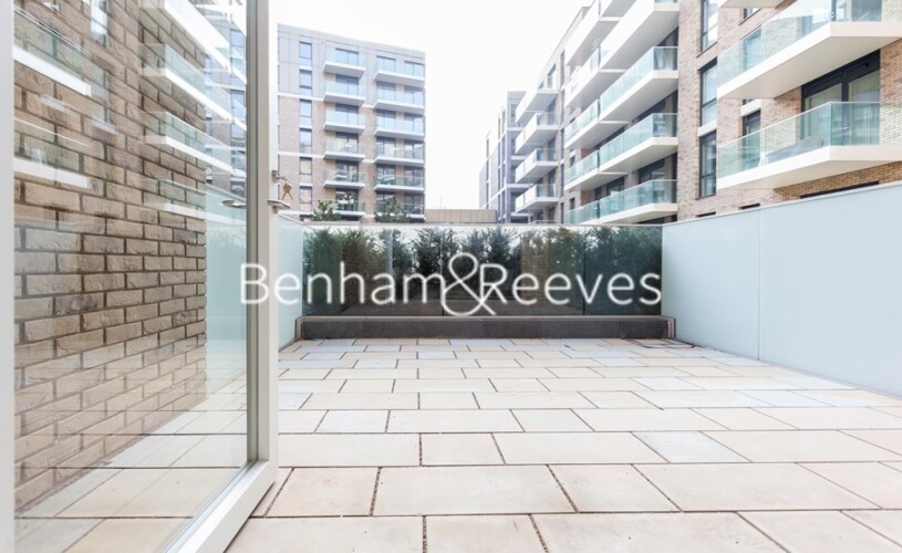 2 bedroom(s) flat to rent in QueenshurstSquare, Kingston Upon Thames, KT2-image 12