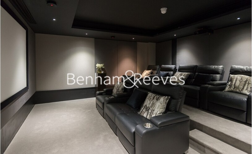 2 bedroom(s) flat to rent in QueenshurstSquare, Kingston Upon Thames, KT2-image 13
