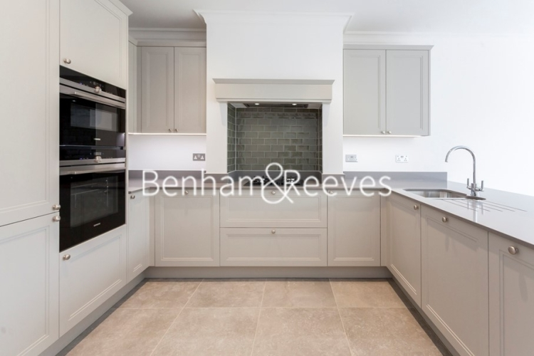 3 bedroom(s) house to rent in Richmond Chase, Richmond, TW10-image 2