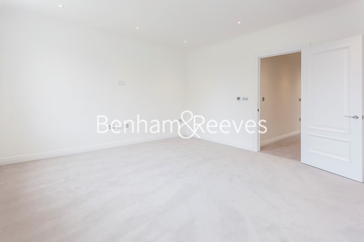 3 bedroom(s) house to rent in Richmond Chase, Richmond, TW10-image 3