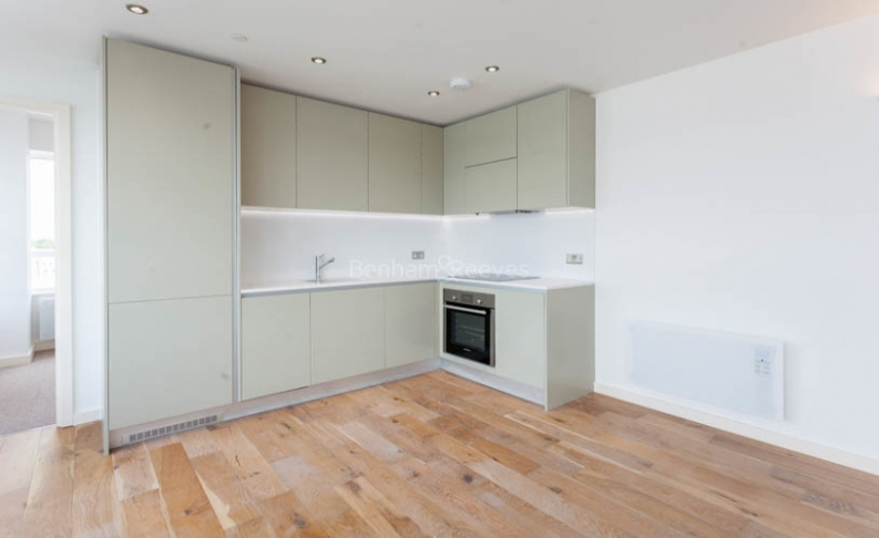 1 bedroom(s) flat to rent in Windmill Road, Sunbury-on-Thames, TW16-image 4