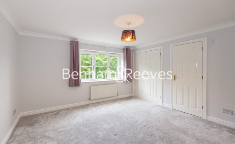 2 bedroom(s) flat to rent in Monet House, Chiswick, W4-image 5