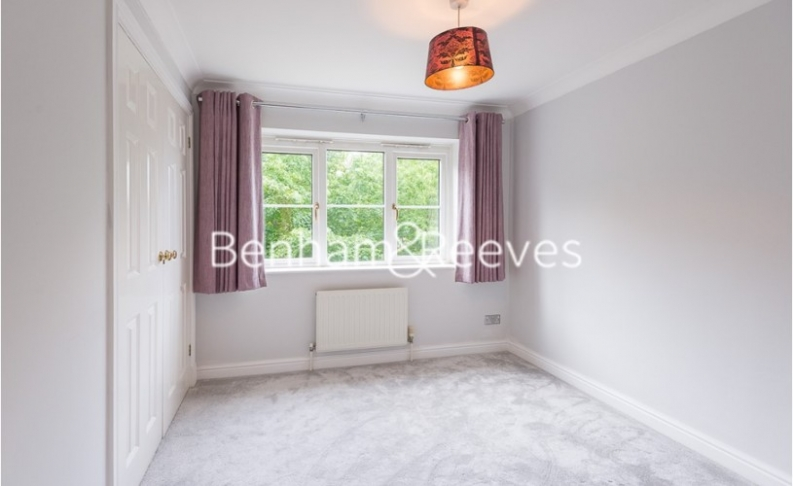 2 bedroom(s) flat to rent in Monet House, Chiswick, W4-image 8