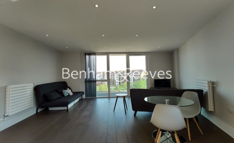 1 bedroom(s) flat to rent in QueenshurstSquare, Kingston Upon Thames, KT2-image 4