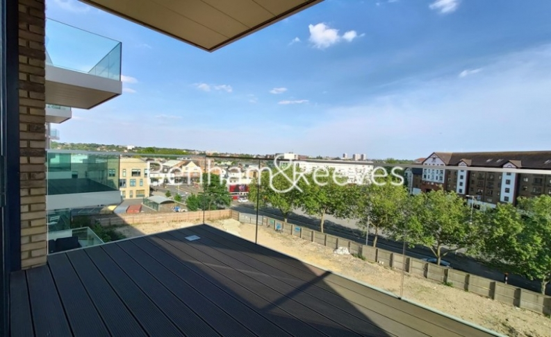 1 bedroom(s) flat to rent in QueenshurstSquare, Kingston Upon Thames, KT2-image 10