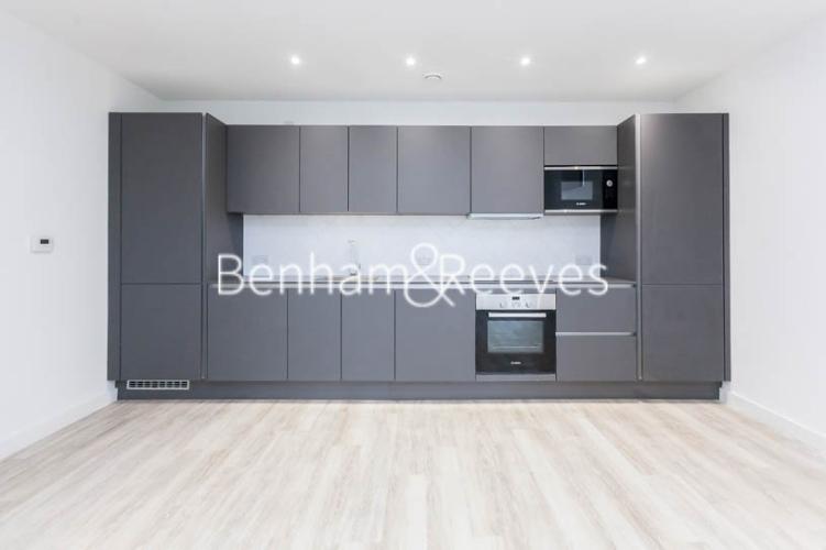 1 bedroom(s) flat to rent in Habito, Hounslow,TW3-image 1