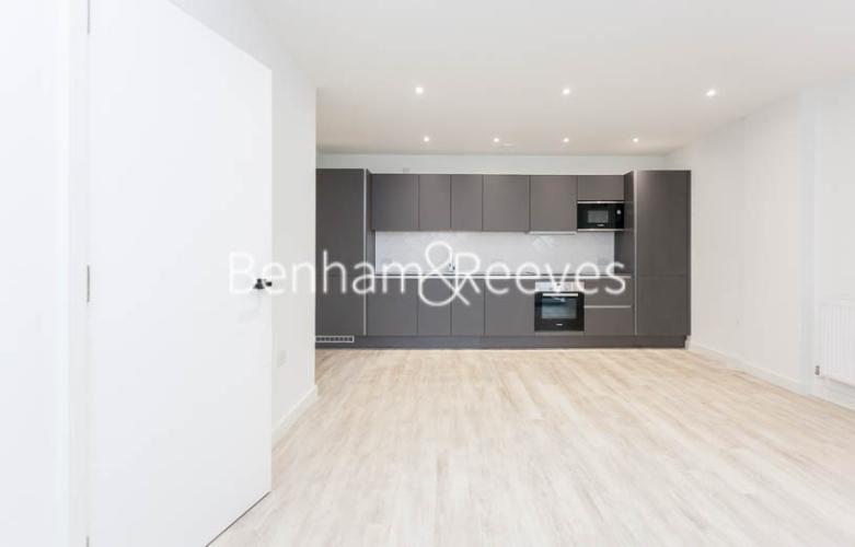 1 bedroom(s) flat to rent in Habito, Hounslow,TW3-image 4