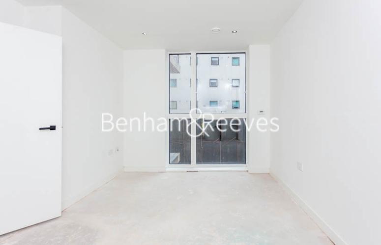 1 bedroom(s) flat to rent in Habito, Hounslow,TW3-image 6