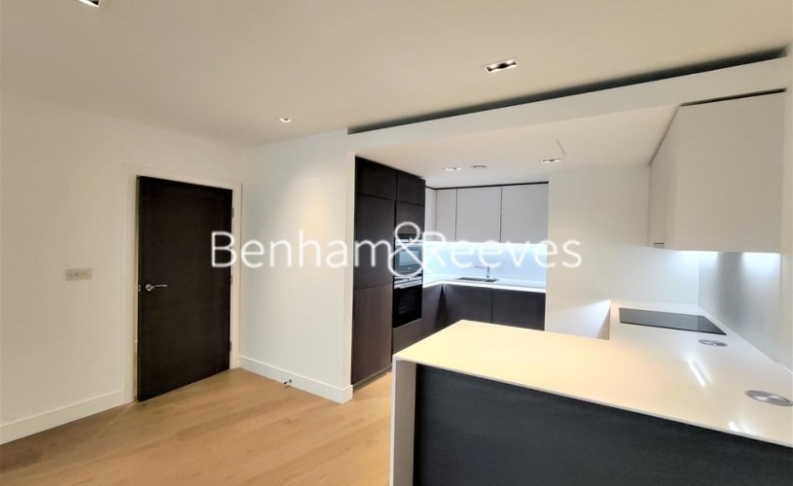 2 bedroom(s) flat to rent in Kew Bridge Road, Brentford,TW8-image 2