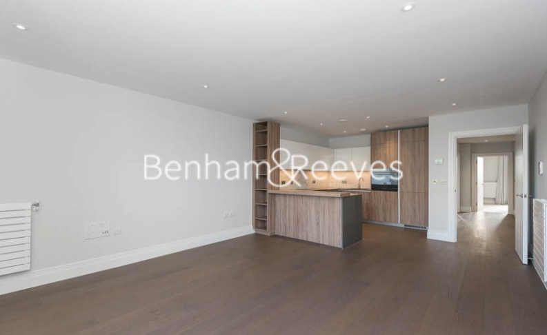 2 bedroom(s) flat to rent in QueenshurstSquare, Kingston Upon Thames, KT2-image 1