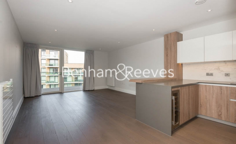 2 bedroom(s) flat to rent in QueenshurstSquare, Kingston Upon Thames, KT2-image 2