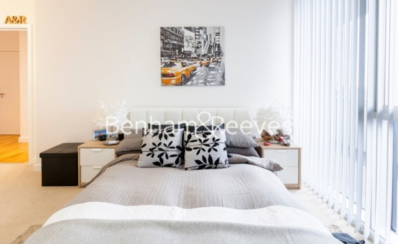 2 bedroom(s) flat to rent in Chiswick Point, Chiswick, W4-image 3