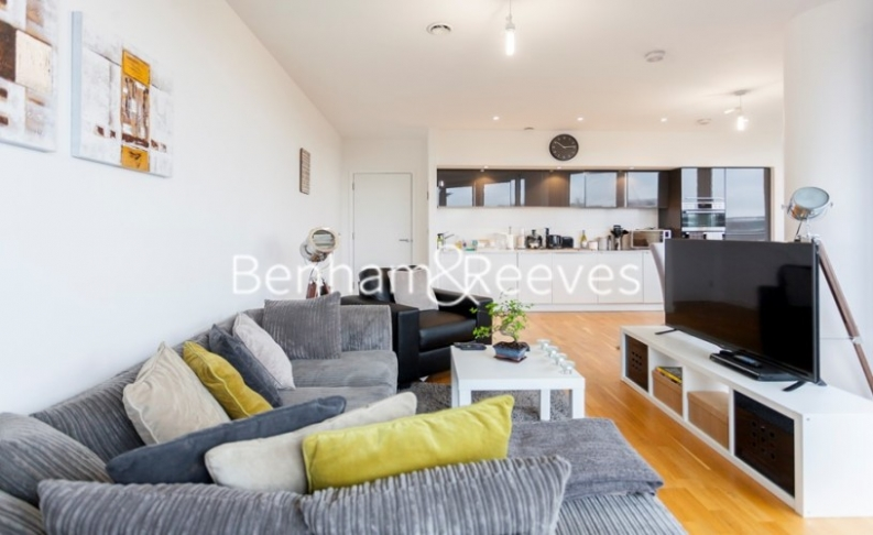 2 bedroom(s) flat to rent in Chiswick Point, Chiswick, W4-image 14