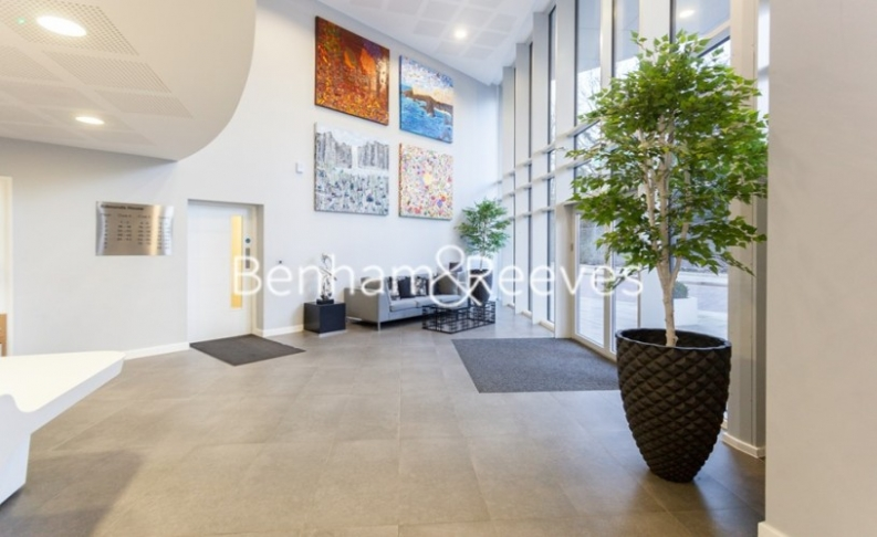 2 bedroom(s) flat to rent in Chiswick Point, Chiswick, W4-image 15