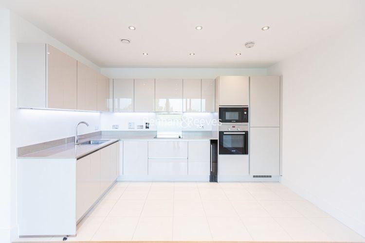 2 bedroom(s) flat to rent in Levett Square, Kew, TW9-image 1