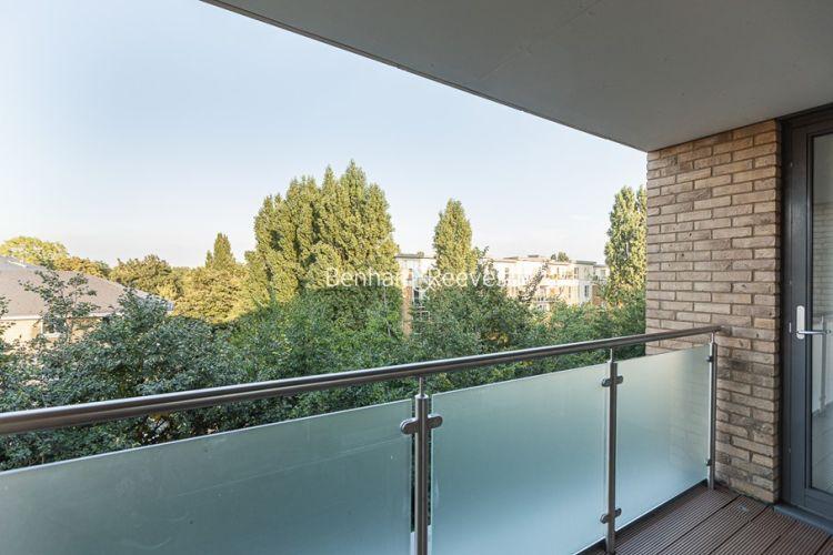 2 bedroom(s) flat to rent in Levett Square, Kew, TW9-image 3