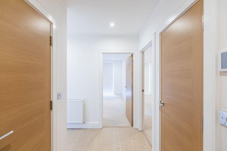 2 bedroom(s) flat to rent in Levett Square, Kew, TW9-image 7