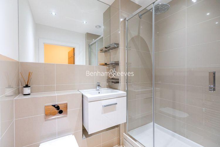 2 bedroom(s) flat to rent in Levett Square, Kew, TW9-image 10