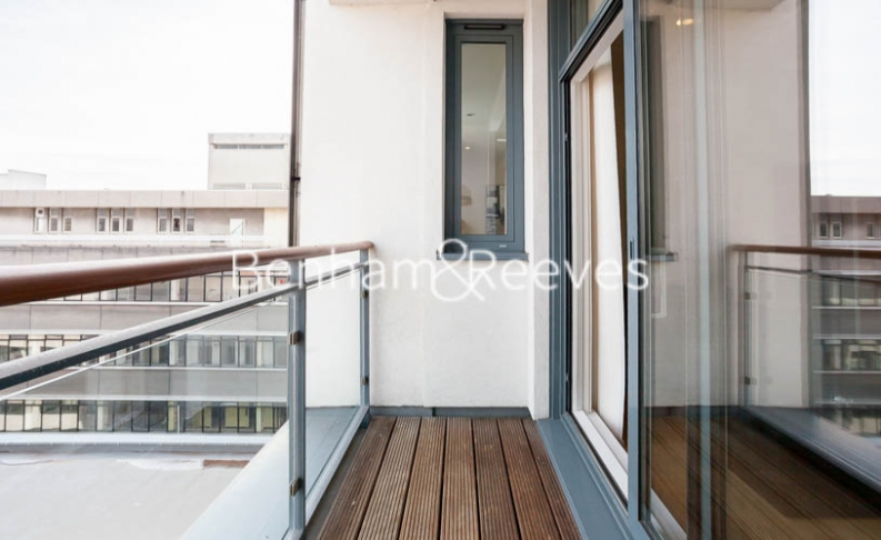 1 bedroom(s) flat to rent in Cornell Square, Nine Elms, SW8-image 5