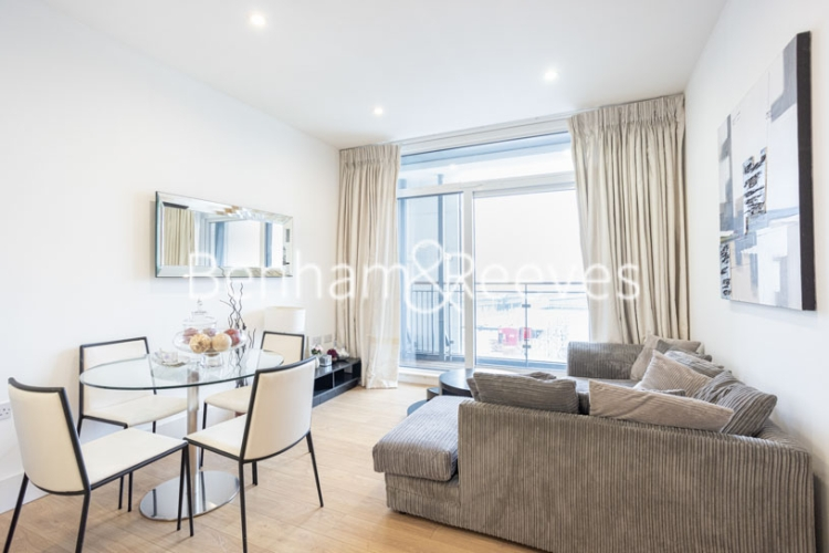 2 bedroom(s) flat to rent in Cornell Square, Nine Elms, SW8-image 1