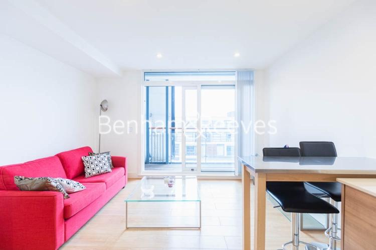 1 bedroom(s) flat to rent in This Space, Nine Elms, SW8-image 1