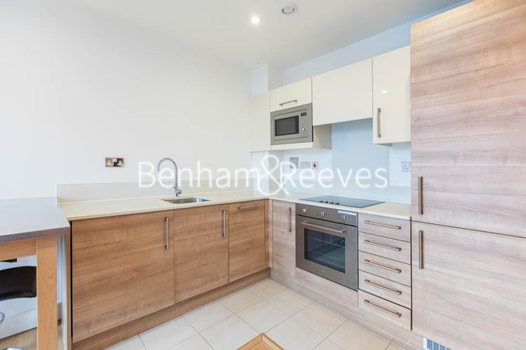 1 bedroom(s) flat to rent in This Space, Nine Elms, SW8-image 2