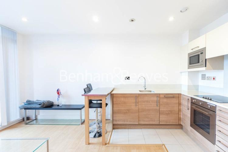 1 bedroom(s) flat to rent in This Space, Nine Elms, SW8-image 8