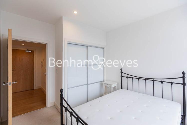 1 bedroom(s) flat to rent in This Space, Nine Elms, SW8-image 9