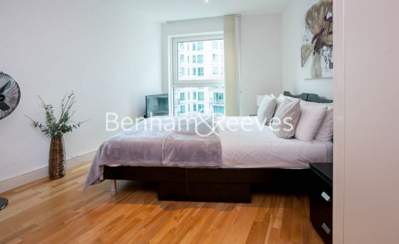 2 bedroom(s) flat to rent in St George Wharf, Nine Elms, SW8-image 9