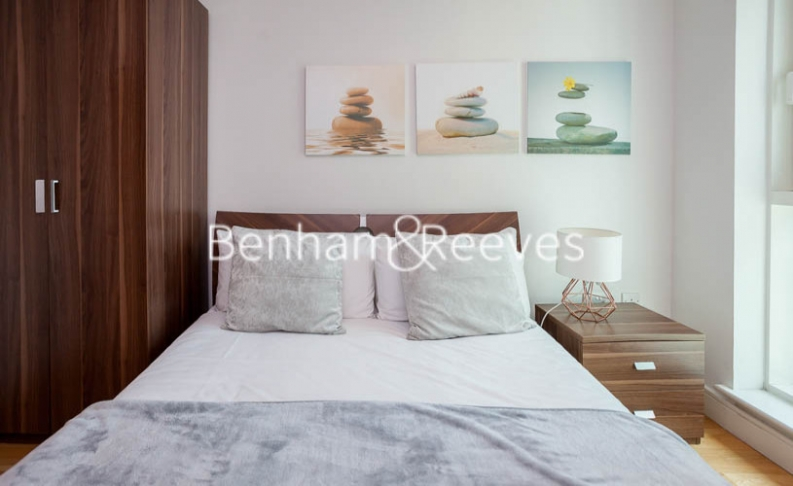 2 bedroom(s) flat to rent in St George Wharf, Nine Elms, SW8-image 12