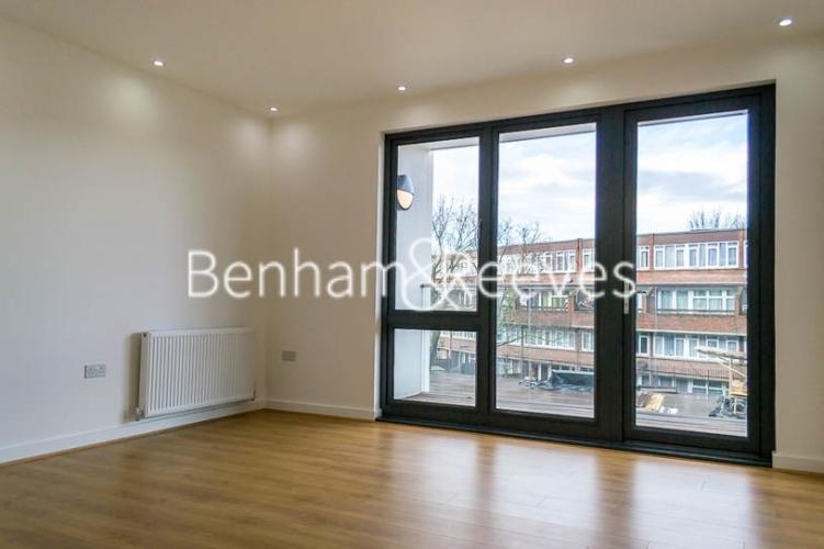 1 bedroom(s) flat to rent in Stewarts Road, Nine Elms, SW8-image 1