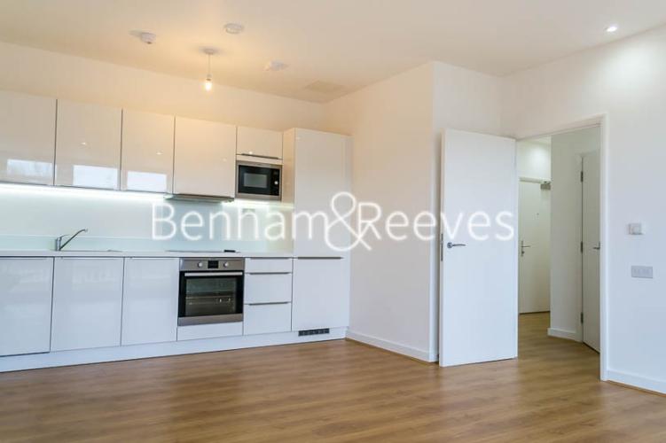 1 bedroom(s) flat to rent in Stewarts Road, Nine Elms, SW8-image 2