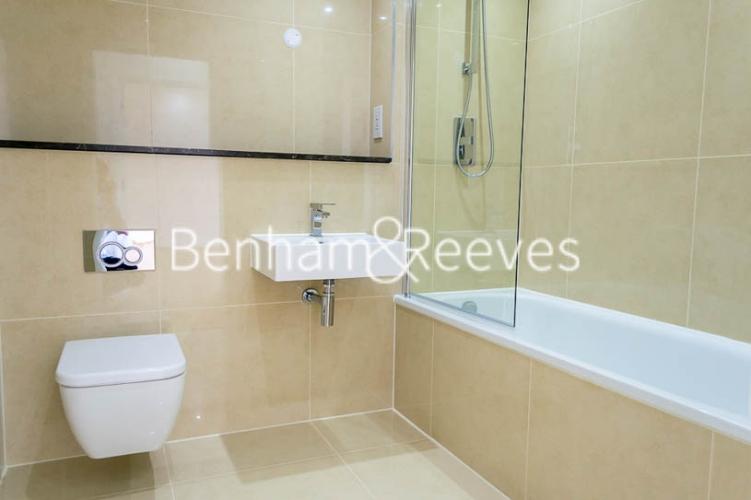 1 bedroom(s) flat to rent in Stewarts Road, Nine Elms, SW8-image 4