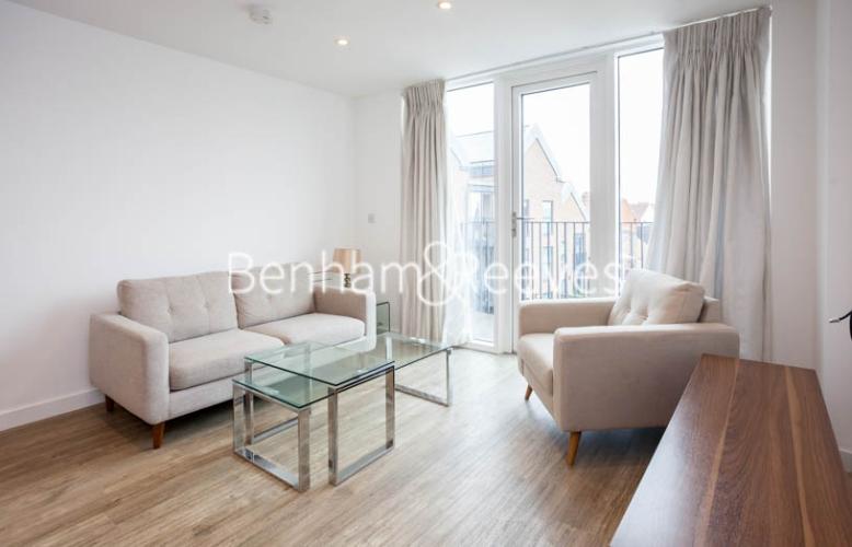 1 bedroom(s) flat to rent in Tooting High Street, Nine Elms, SW17-image 1