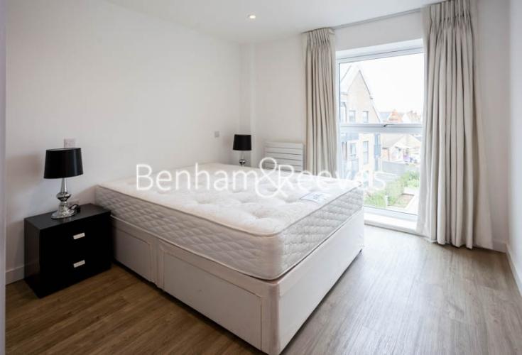 1 bedroom(s) flat to rent in Tooting High Street, Nine Elms, SW17-image 6