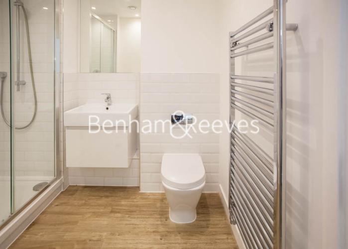 1 bedroom(s) flat to rent in Tooting High Street, Nine Elms, SW17-image 7
