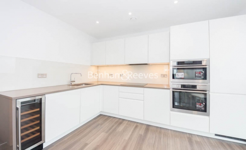 2 bedroom(s) flat to rent in Hebden Place, Nine Elms, SW8-image 2