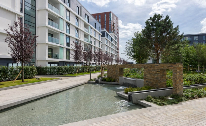 1 bedroom(s) flat to rent in Nine Elms Point, Nine Elms, SW8-image 9