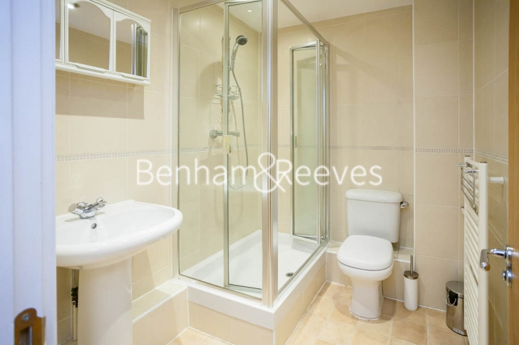 2 bedroom(s) flat to rent in St George's Wharf, Nine Elms, SW8-image 4