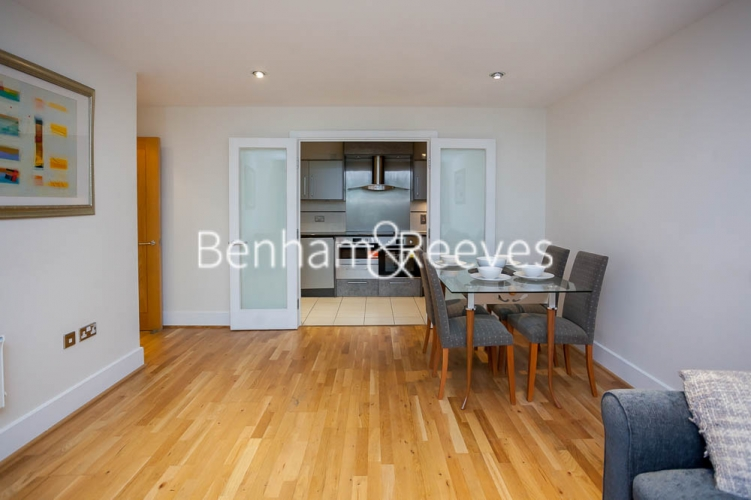 2 bedroom(s) flat to rent in St George's Wharf, Nine Elms, SW8-image 7