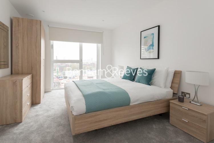2 bedroom(s) flat to rent in Nine Elms Point, Nine Elms, SW8-image 4