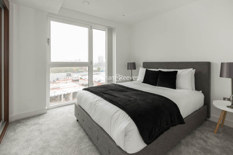 2 bedroom(s) flat to rent in Nine Elms Point, Nine Elms, SW8-image 8