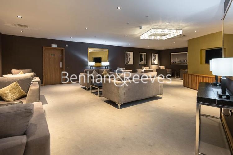 2 bedroom(s) flat to rent in Wandsworth Road, Nine Elms, SW8-image 12